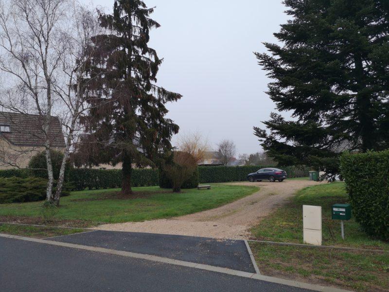 Deux terrains à bâtir viabilisés à Bou !